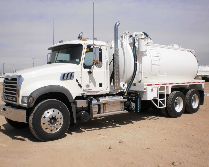 2013 mack gu713 vacuum truck from bruckner 39 s in farmington nm 160 600 recent mls listings. Black Bedroom Furniture Sets. Home Design Ideas