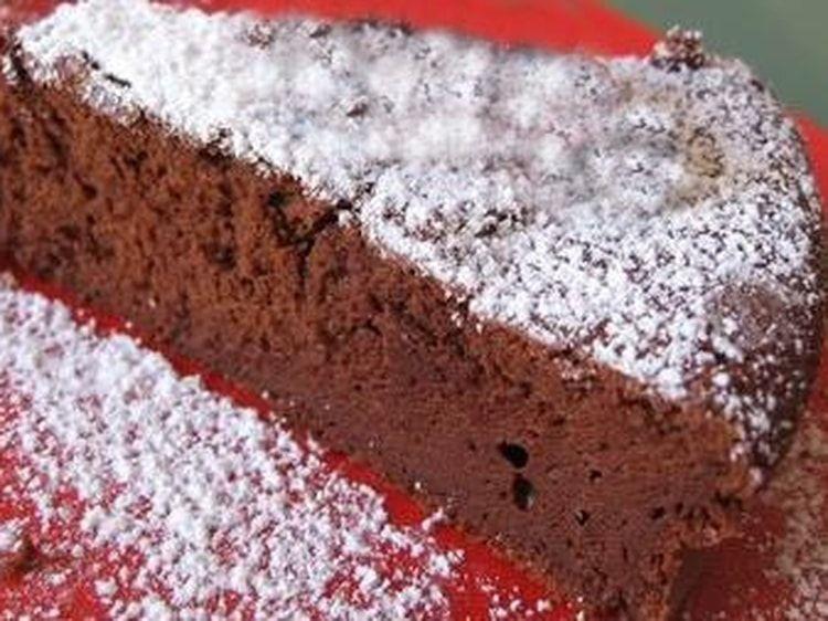 Gateau Au Chocolat La Recette Super Express Au Micro Ondes Recette Gateau Chocolat Facile Recette Facile Recette Gateau Chocolat