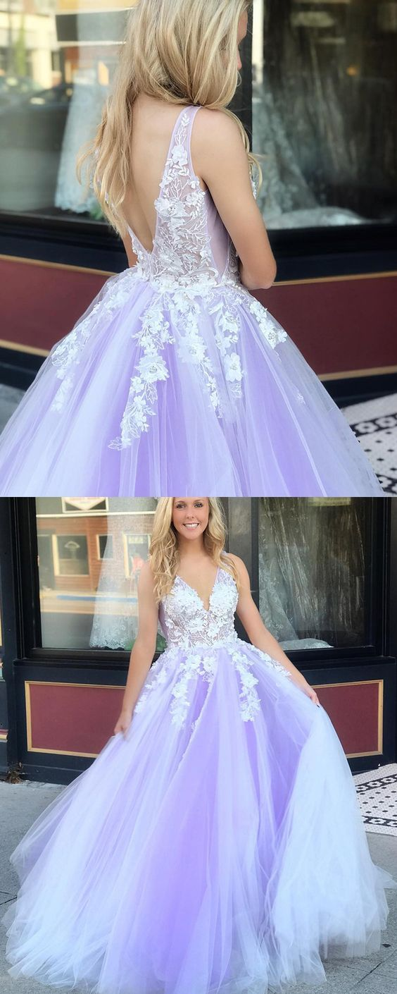 Deep V-neck Appliqued Handmade Flowers Tulle Prom Dress A0720