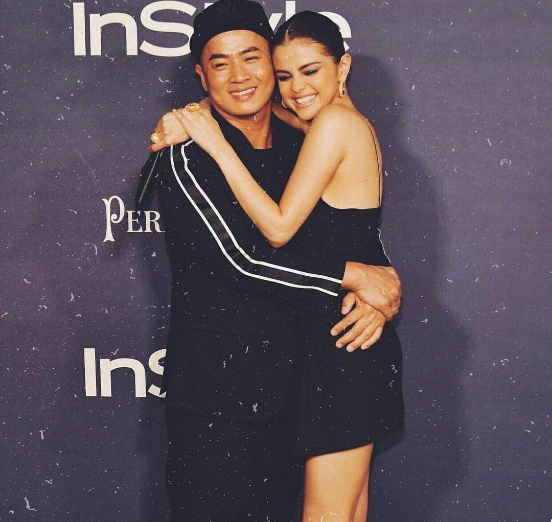 Pin by Betül on Awards | Selena gomez, Selena, Strapless dress