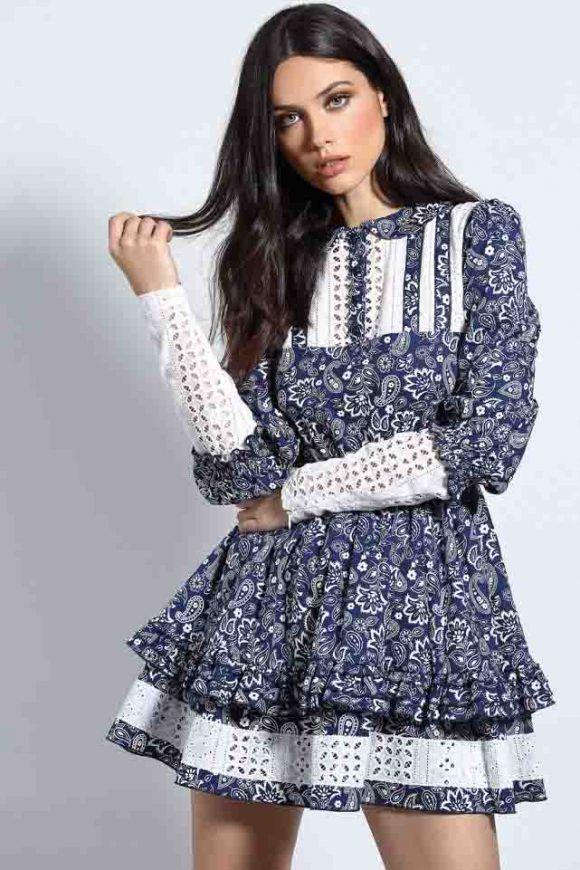 Precioso mini  vestido Blue Doll de  GutsandLove. Disponible en las  tallas  XS y S en la  boutique  MaribelFernández. Consulta las tallas 95678ee4b8d37