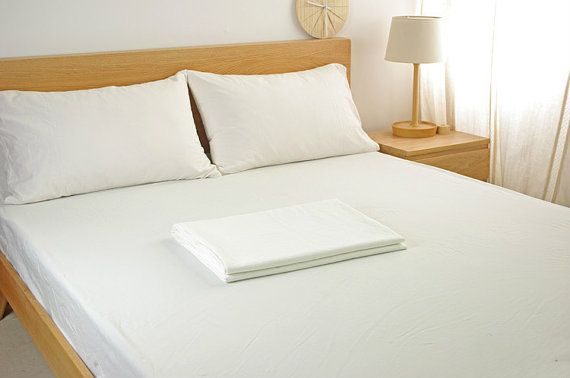 White sheets set made of ultra soft linens by CustomLinensHandmade