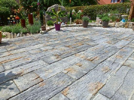 Terrassenplatten  Gardenplaza - Terrassenplatten in Bahnschwellenoptik als ...