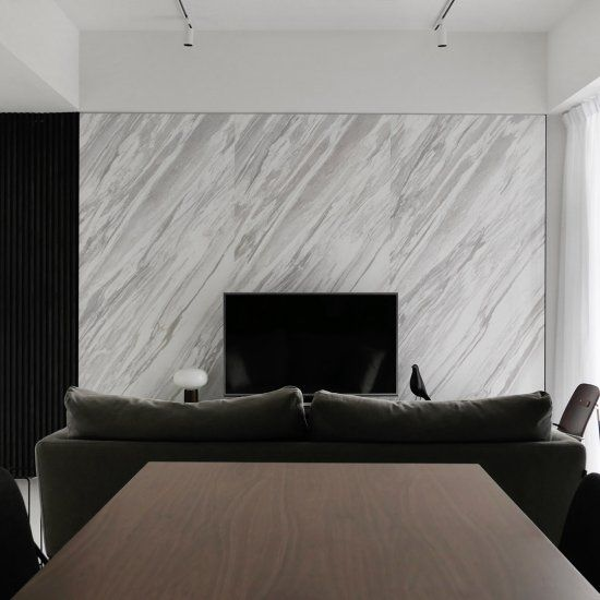 Acacias is a minimal interior located in Singapore, designed by 0932.