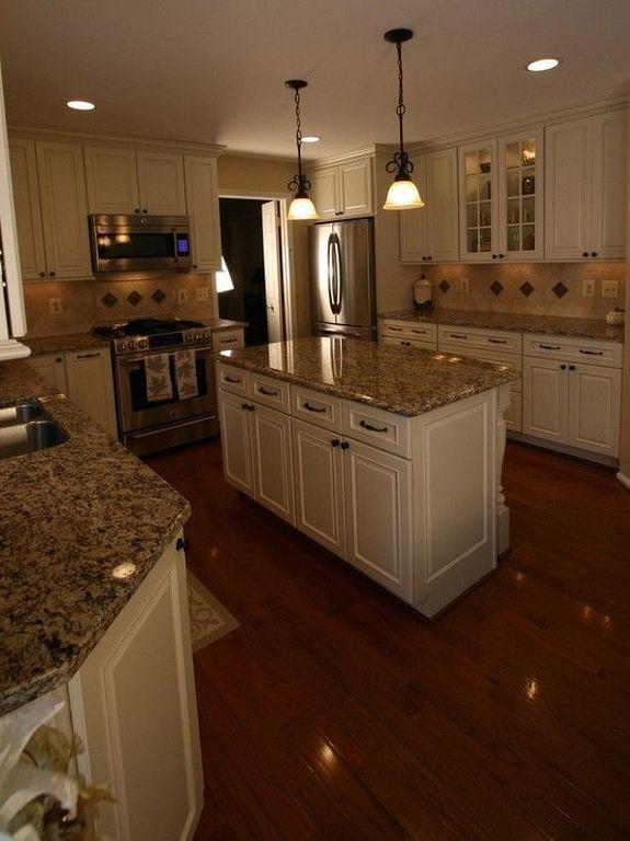 Best 10 Antique White Kitchen Cabinets That Jazz Your Kitchen 400 x 300