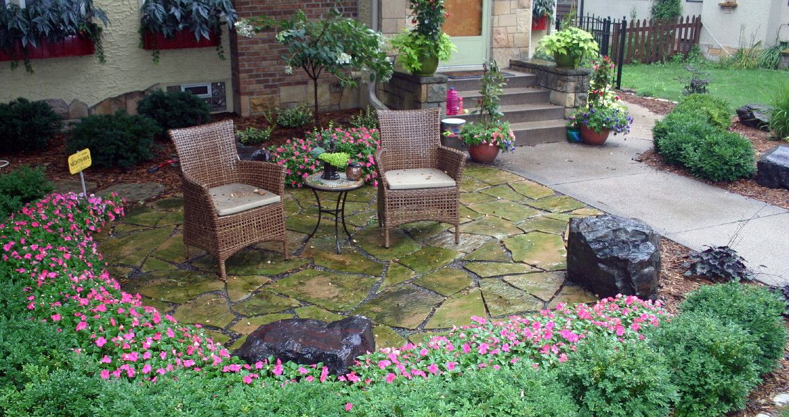 Small Front Yard Patios | Front Yard Natural Stone Patio With Northshore  Sitting Boulders .