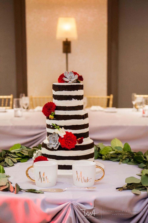 Edgy Layered Wedding Cake Twa Photography Chicago