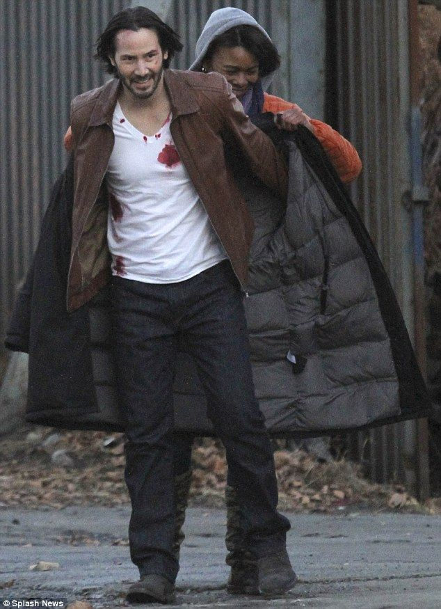 New Pictures Of Keanu Reeves On The Set Of John Wick Keanu