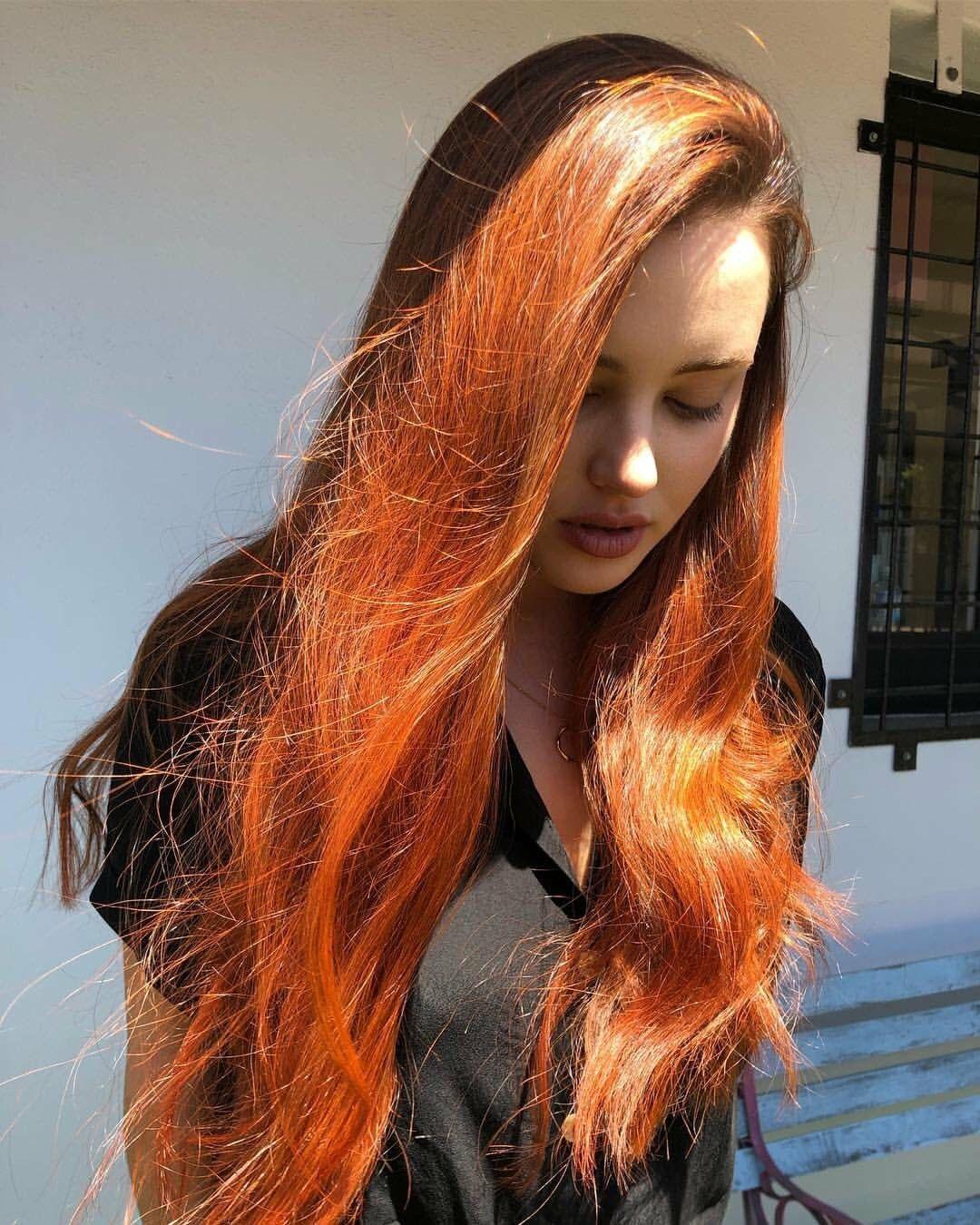 Katherine Langford Cute Beauty Long Hair Styles Beauty