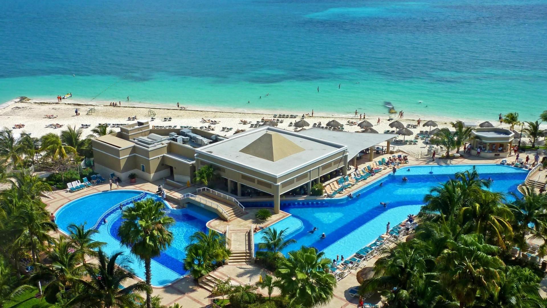 caribbean beach resort hd wallpaper hd pic   beach wallpaper