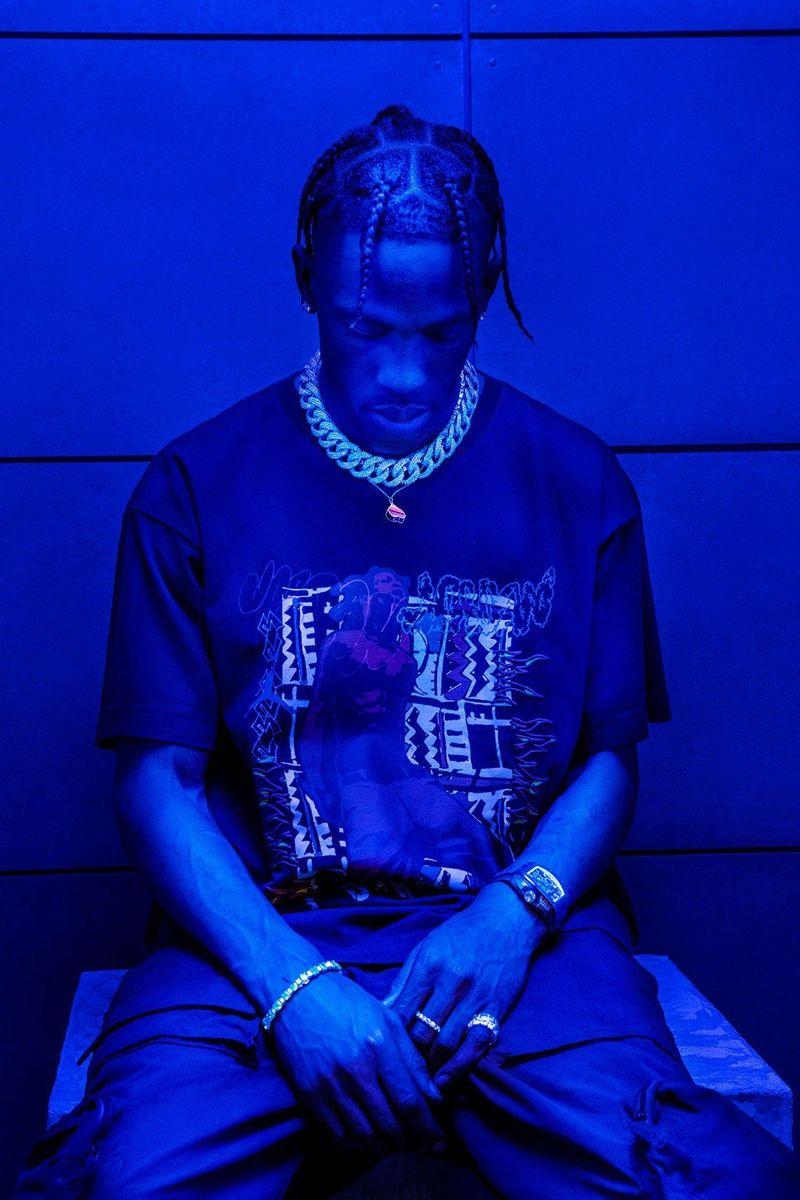 Travis Scott Jacques Berman Webster Ii Neon Laflame Photoshoot Astroworld In 2020 Travis Scott Iphone Wallpaper Travis Scott Outfits Blue Aesthetic Dark
