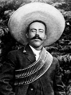 Doroteo Arango, conocido como el general Pancho Villa de la división del norte, héroe de la revolución mexicana y terror de los anglo-americanos en columbus.