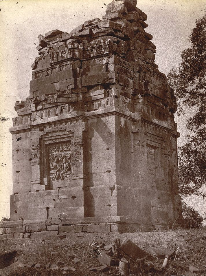 Dashavatara Temple, India. Built in the Gupta Period (320