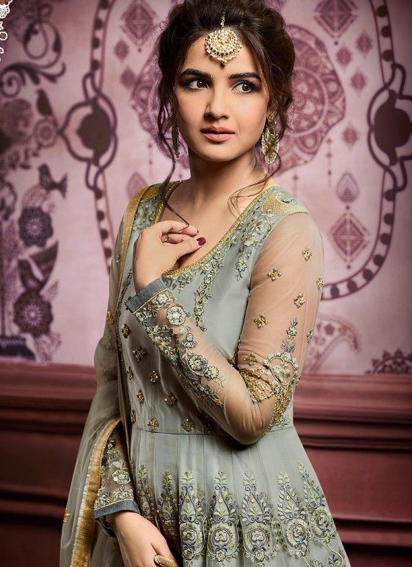 Casual Makeup for bride Indian hairstyles, Hairstyle