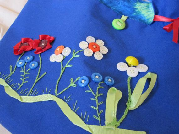 Hand Embroidered Tote Button Flowers by TwilldoThreads on Etsy