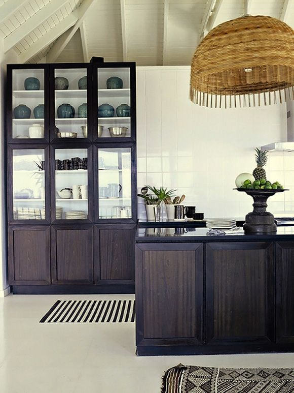 dark shaker-style cabinetry; white interior - Keld Mikkelsen St