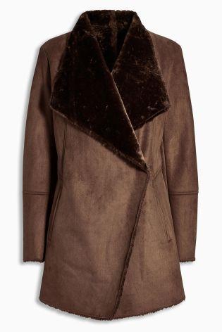 Brown coat next – Modern fashion jacket photo blog