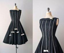 Dresses in Holiday Fashion - Etsy Holidays