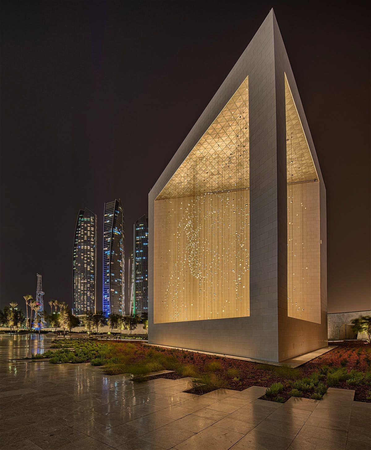 29 Free Things To Do In Abu Dhabi Free Things To Do Abu Dhabi Sheikh Zayed Grand Mosque