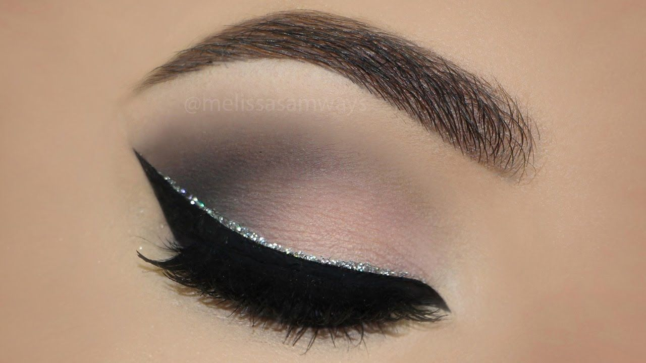 Glitter eyeliner soft smokey eyes makeup tutorial melissa glitter eyeliner soft smokey eyes makeup tutorial melissa samways baditri Images