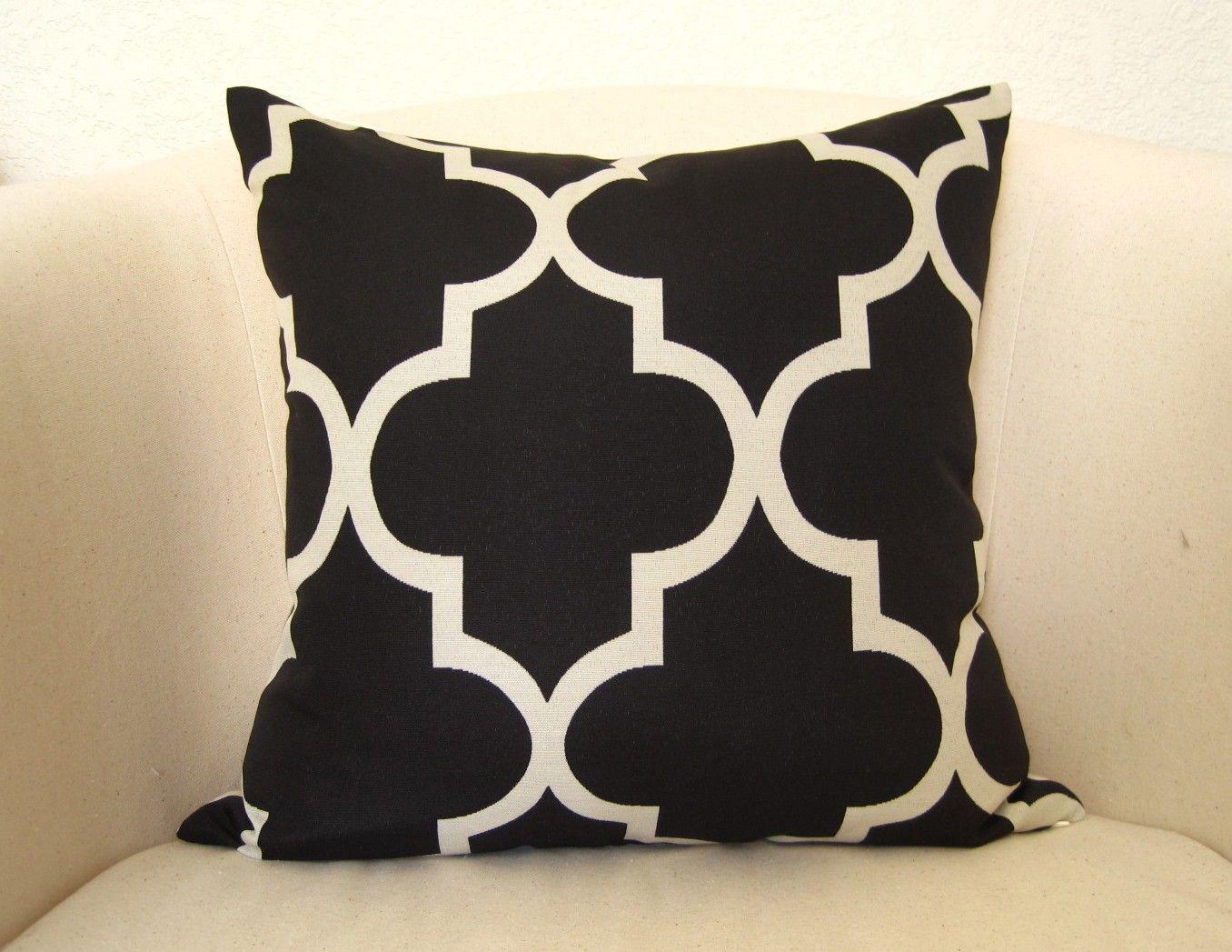 Moroccan Quatrefoil Lattice Pillow Cover - 18 inch - Black - Trellis Pillow - Designer Pillow - Throw