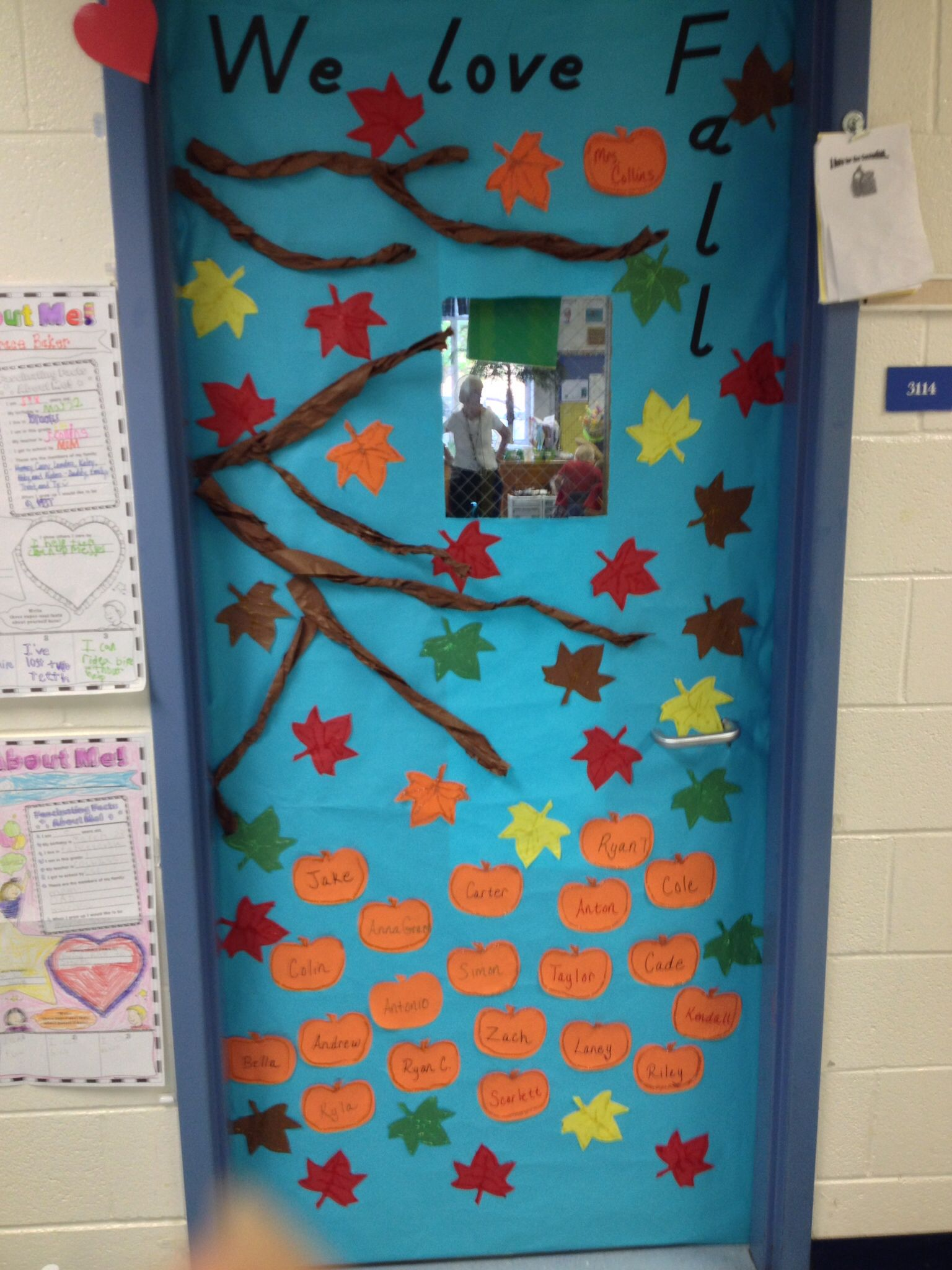Fall classroom door decoration my diy pinterest fall Class door winter decorations