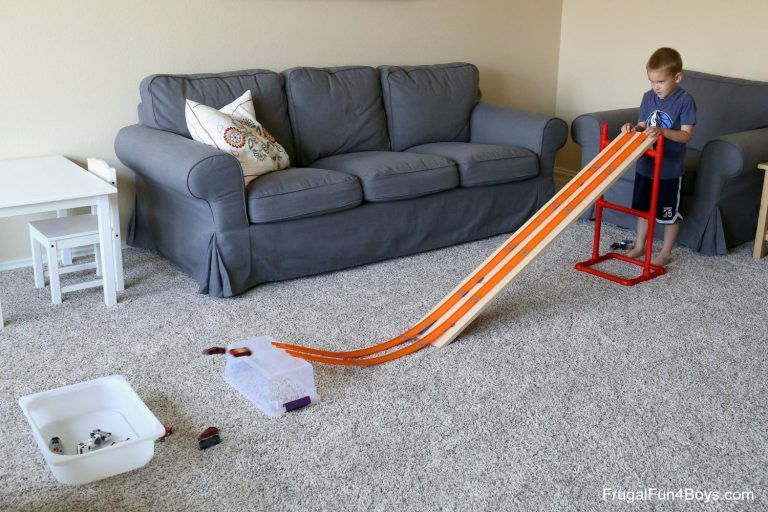 Easy and Adjustable PVC Pipe Hot Wheels Ramp