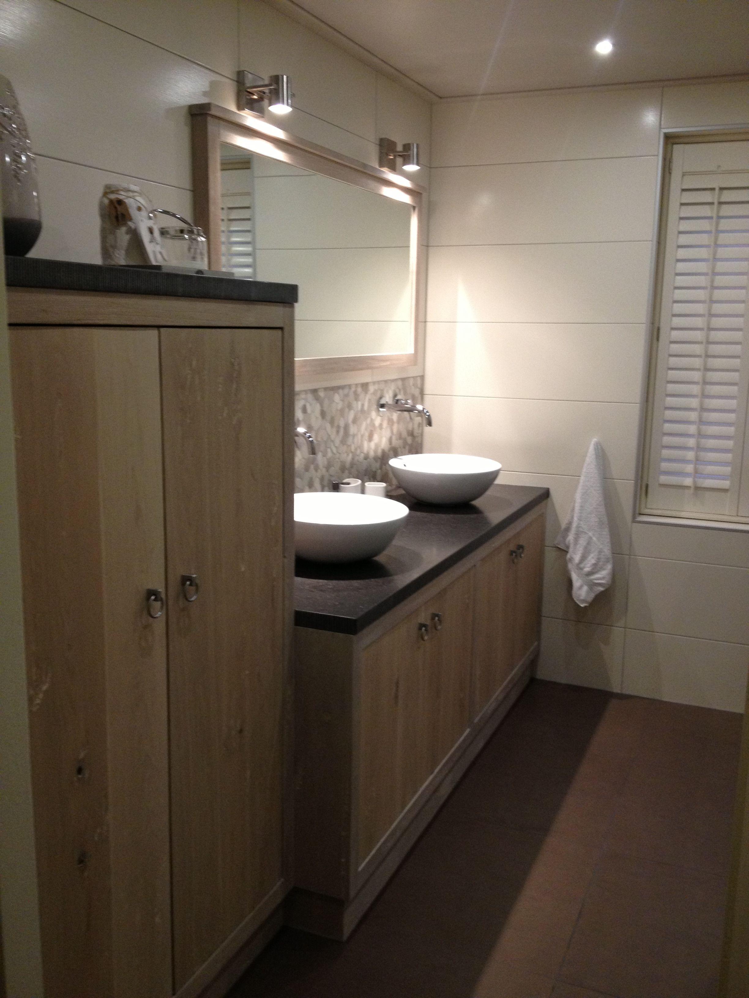 Badkamer op maat gemaakt | badkamer | Pinterest - Badkamer en Haken