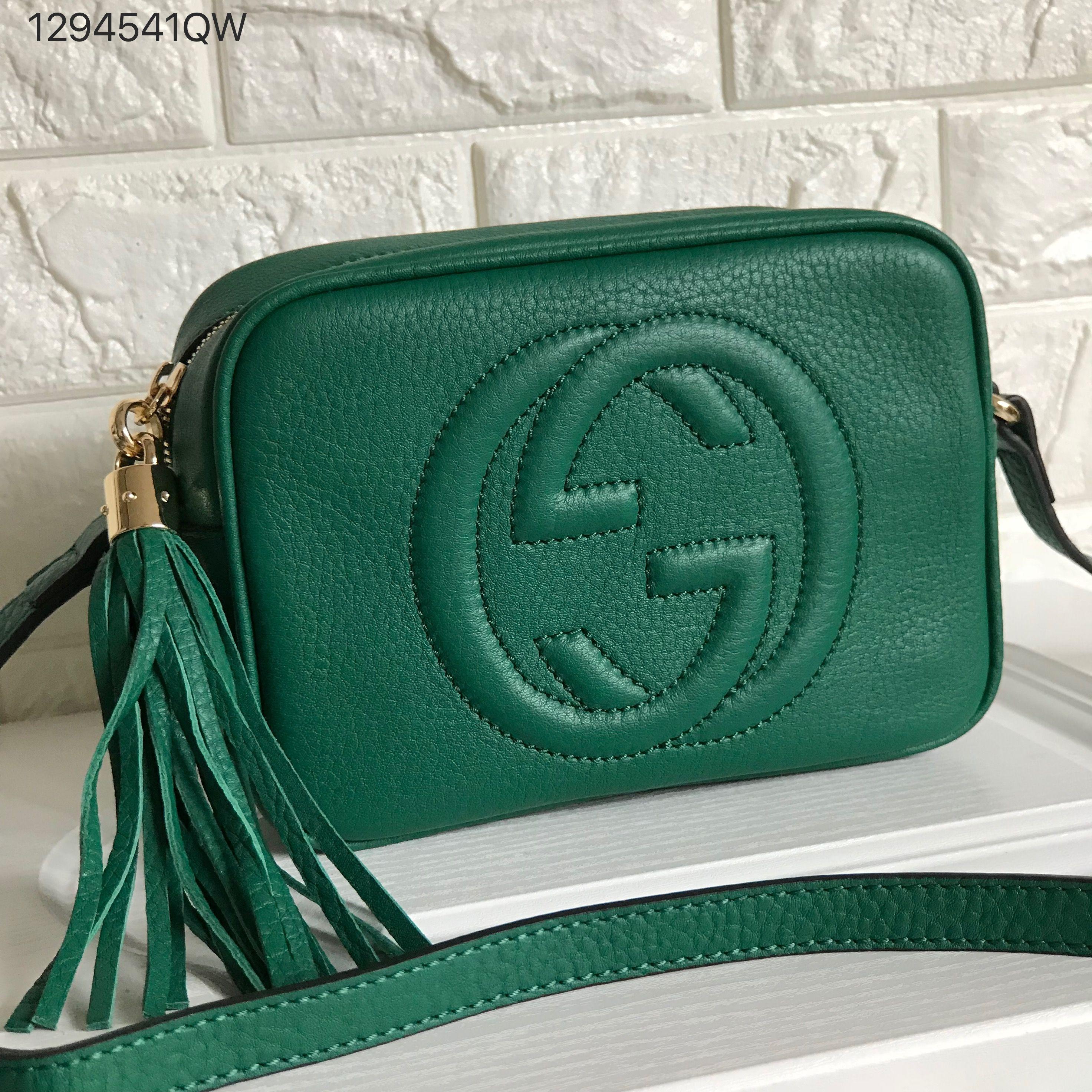 614c654d3aae Gucci soho disco cross body camera bag green | Gucci bags in 2019 ...