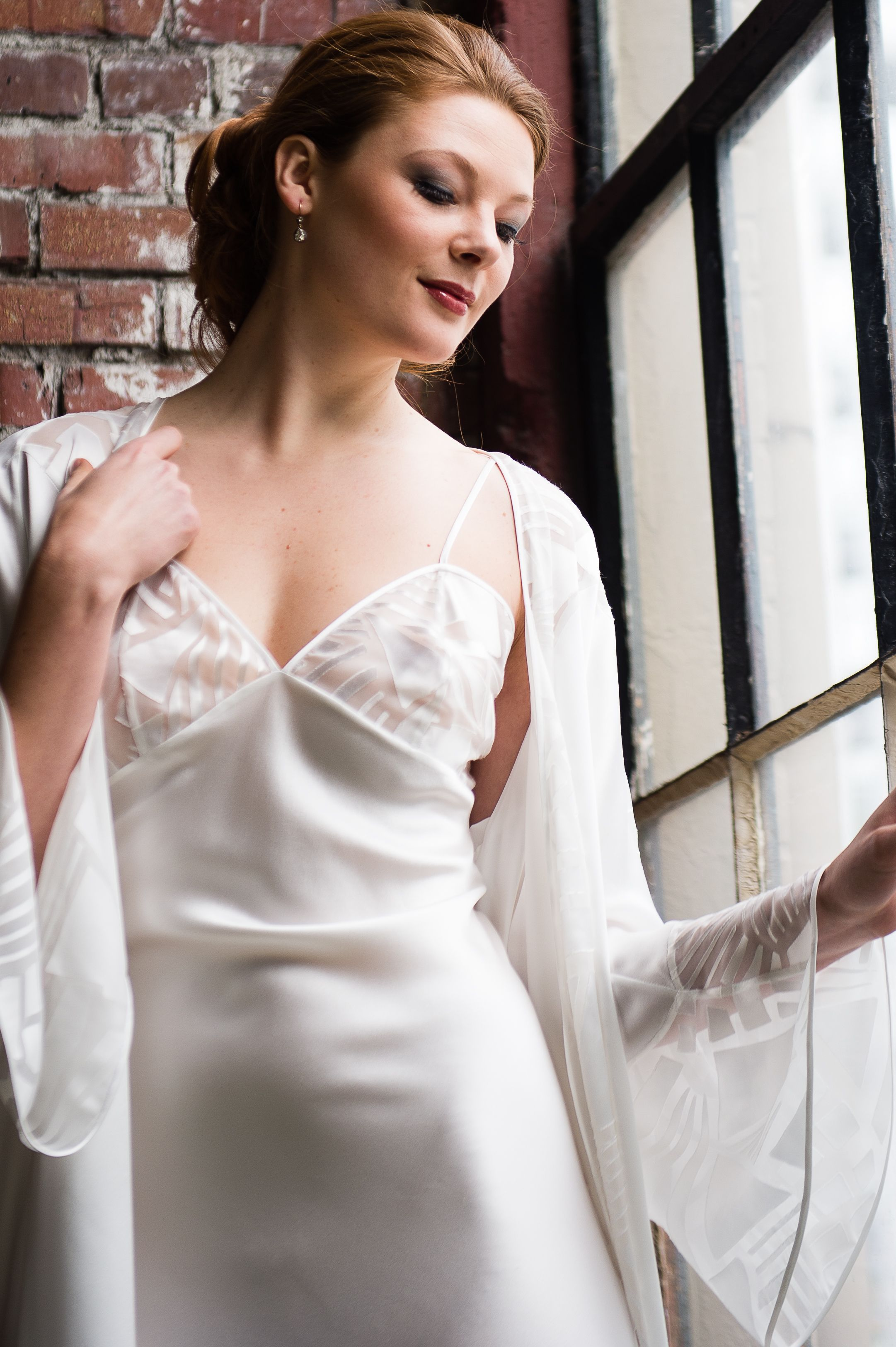 Alla robe and gown | Layneau Collection F/W 2014 | Pinterest | Robe ...