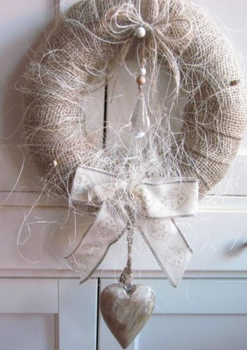 northern passages shabby wreaths and xmas. Black Bedroom Furniture Sets. Home Design Ideas