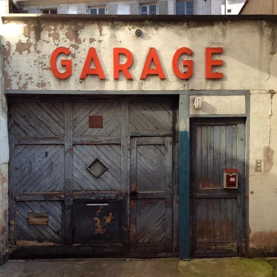garage strasbourg shop fronts pinterest strasbourg garage and sign sign. Black Bedroom Furniture Sets. Home Design Ideas