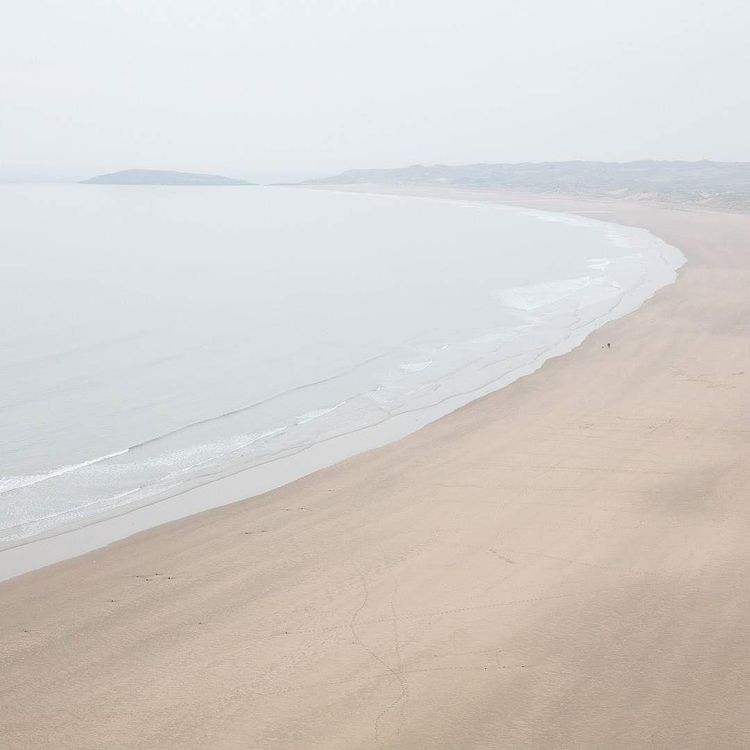 Burry Holms & Rhossili Bay Gower Glamorgan. #ukcoastwalk Photo: Quintin Lake www.theperimeter.uk