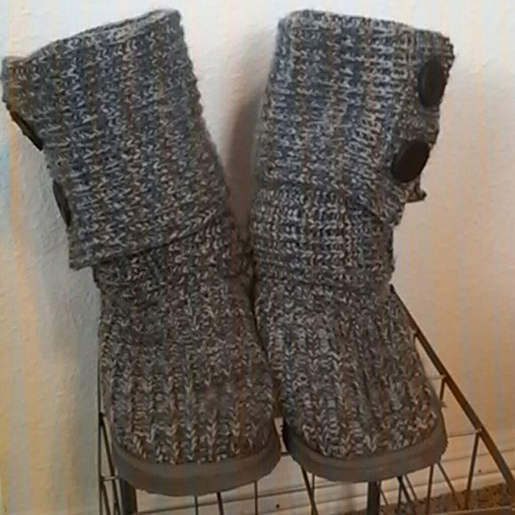 Miss Me sweater boots Super cute boots by Miss Me. Can be worn tall or short. Good used condition. Heels have some wrinkling to them but straighten out once your foot is in them. Miss Me Shoes Ankle Boots & Booties
