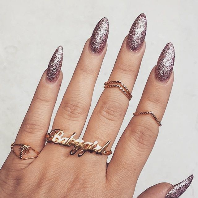 Pin by Nuggwifee🥀 on c l a w s   Pinterest   Nuggwifee, Make up and ...