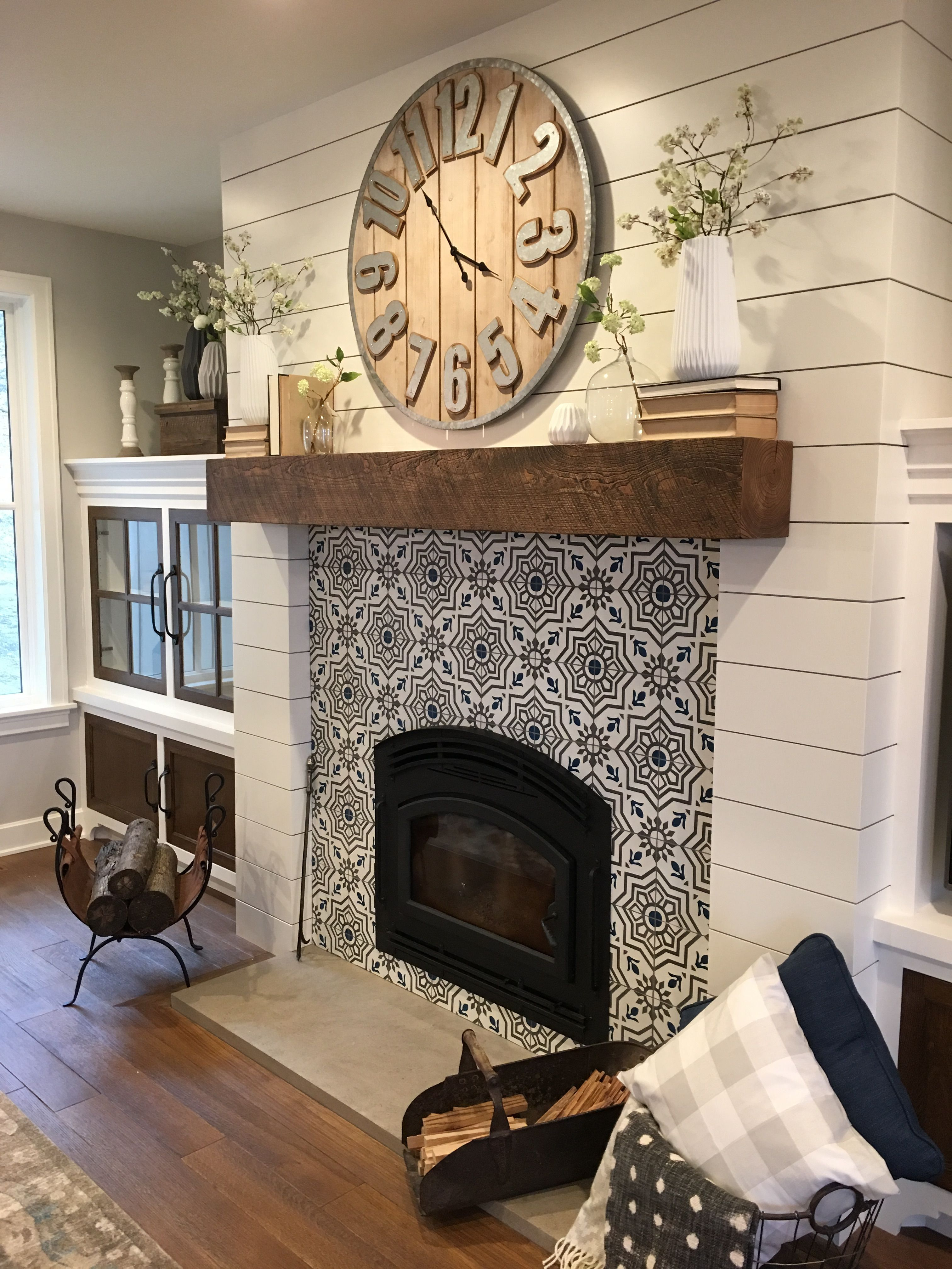Perfect Mantel Decor With Large Wooden Clock And Tile Living Room Clocks Farm House Living Room Home Fireplace