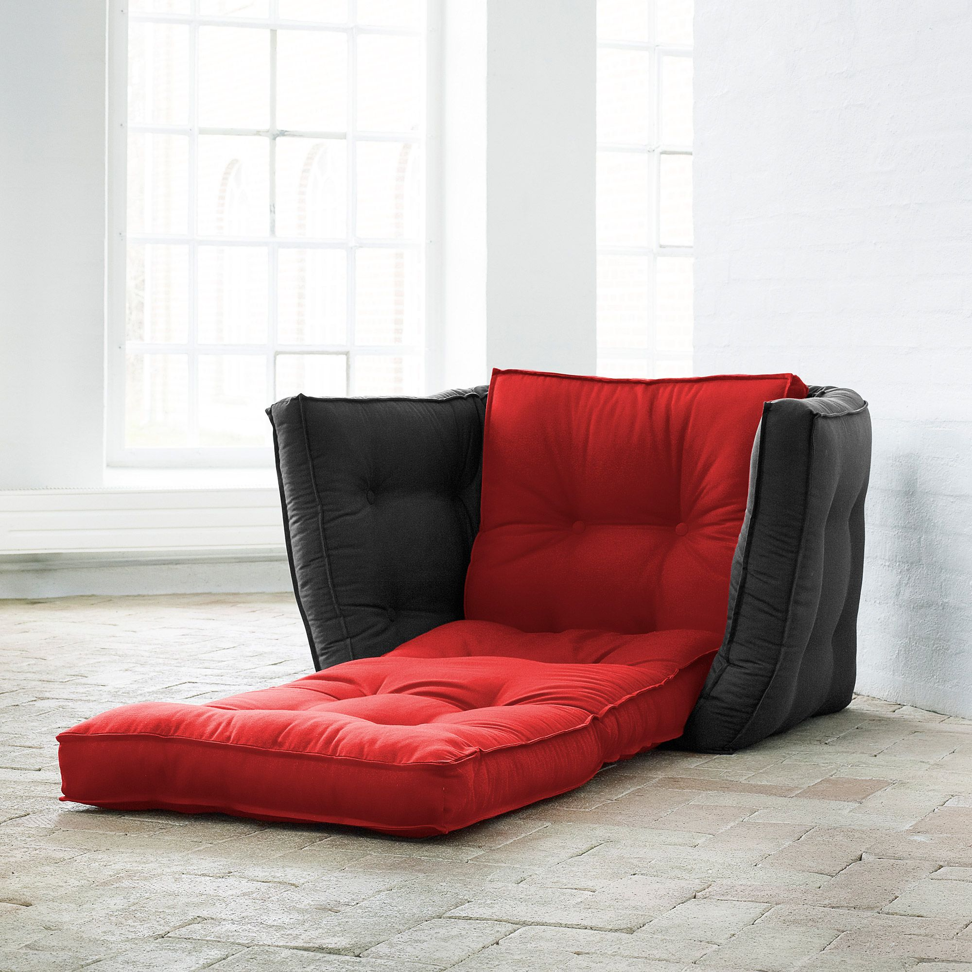 Chauffeuse bicolore convertible matelas futon DICE FUTON CHAIR