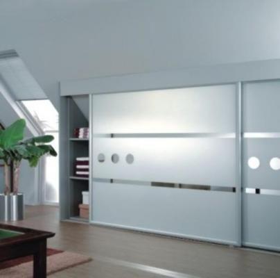 armarios de diseo a medida con puertas correderas bajo buhardilla - Armarios De Diseo