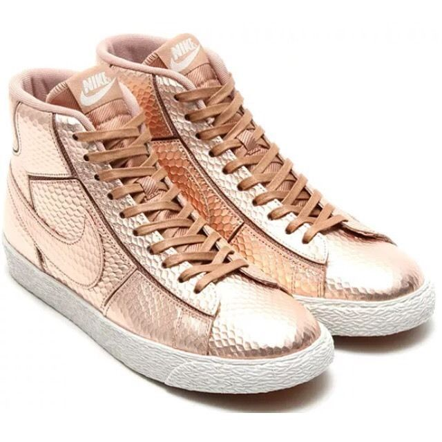 Femmes Nike Blazer Mi Découpez Prm Étoile De Bronze