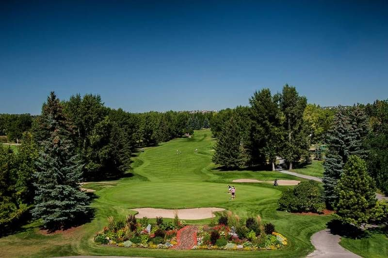 5 full service calgary golf course wedding venues
