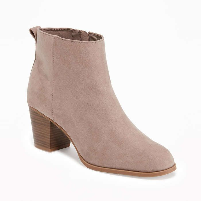 de57b35239bfc Rank & Style - Old Navy Sueded Side-Zip Ankle Boots for Women #rankandstyle