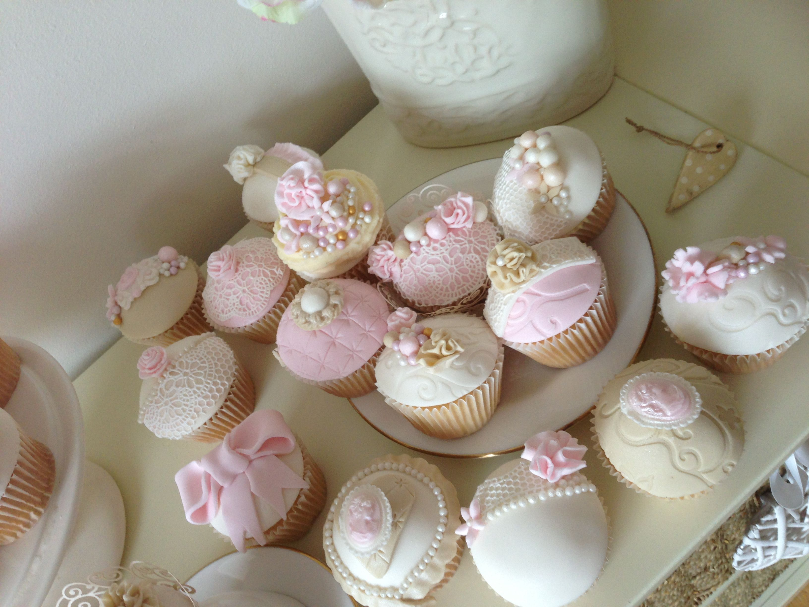 Cappuccino Eggnog Angel Food Cupcakes Cakes 2 Picture