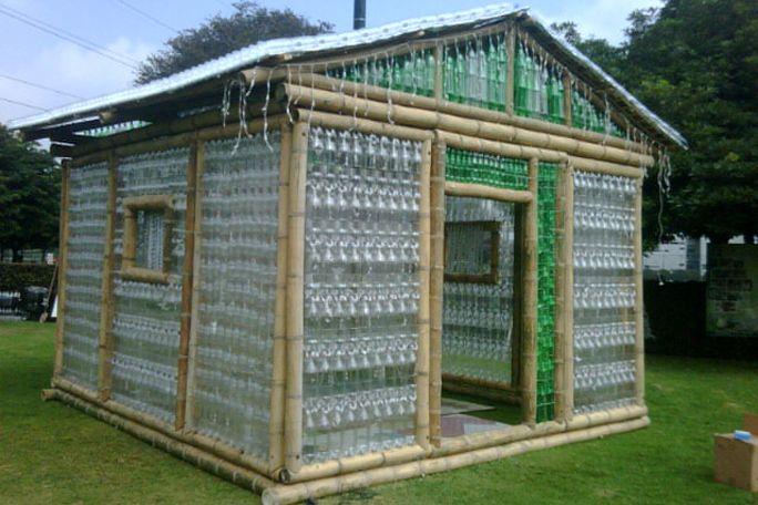 como hacer un invernadero en casa con botella de plastico