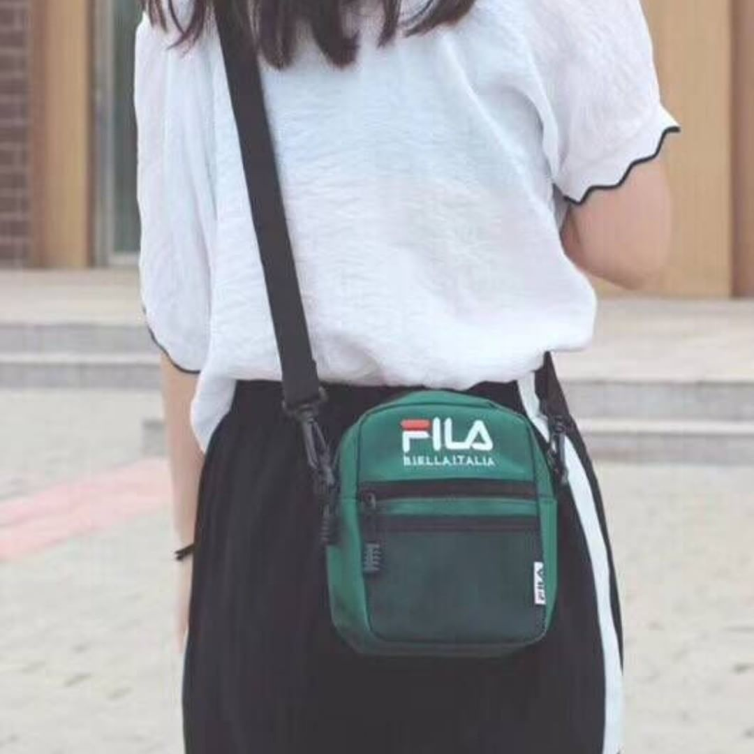 Fila men and women four-color crossbody bag couple models  whatsapp +14074764320 178bb1cdbe783