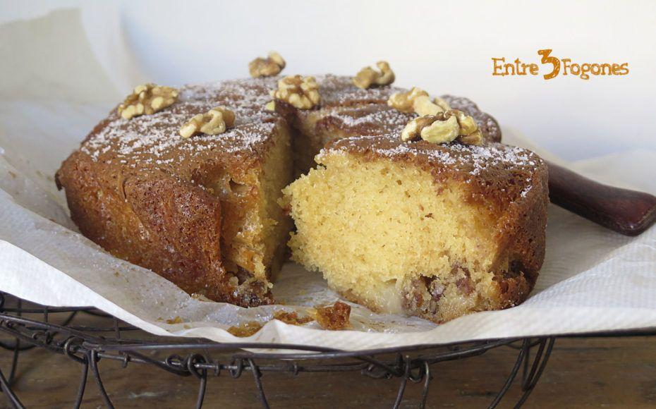 Bizcocho De Nueces Con Pera Caramelizada Bizcocho Tortas Recetas De Tartas Y Pasteles