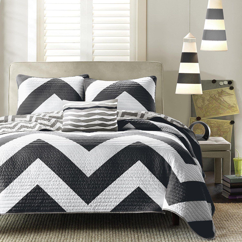 Black White Twin Quilt Set Chevron Pattern Themed Bedding Zig