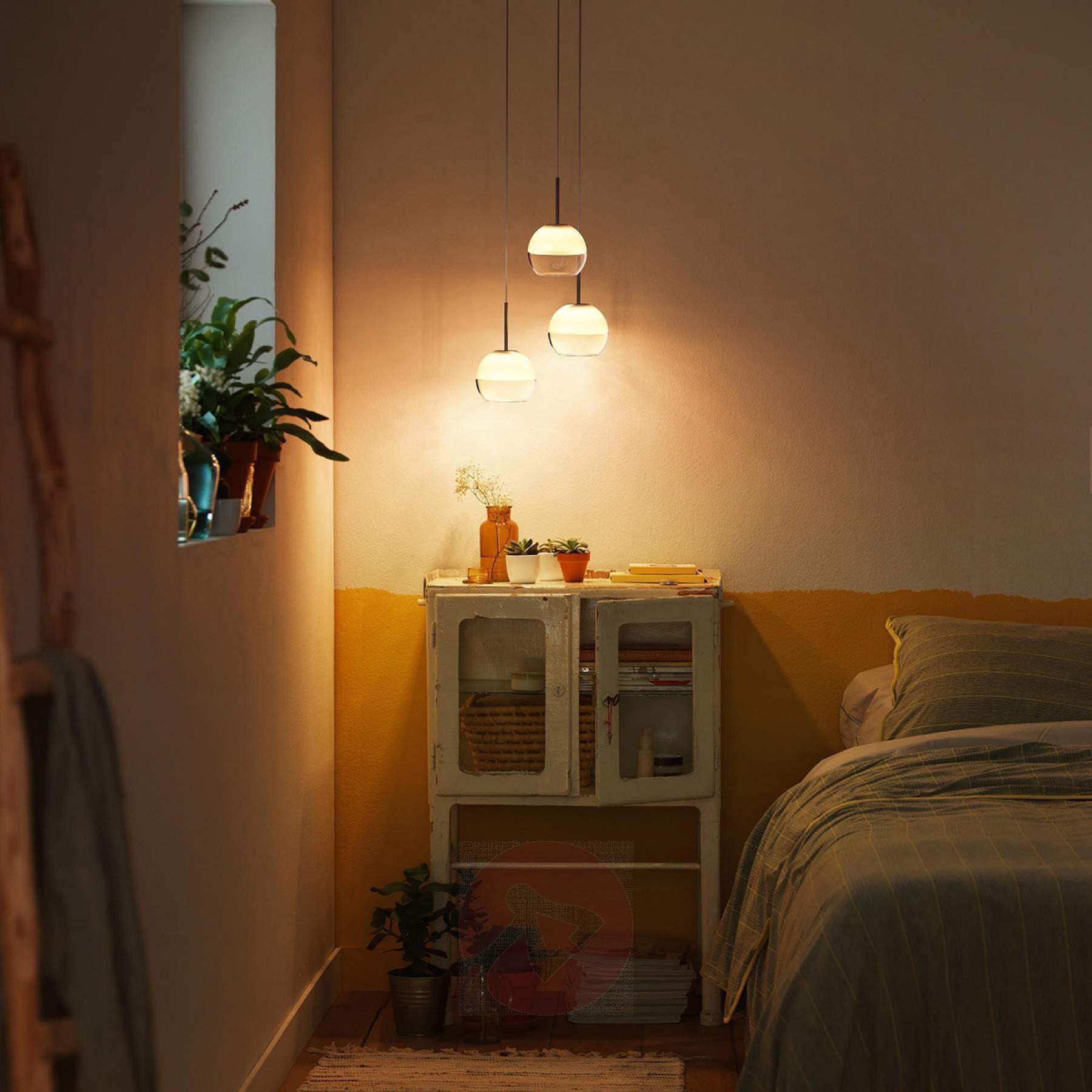 led pendelleuchte arago aus glas eine sch ne alternative zur klassischen nachttischleuchte. Black Bedroom Furniture Sets. Home Design Ideas