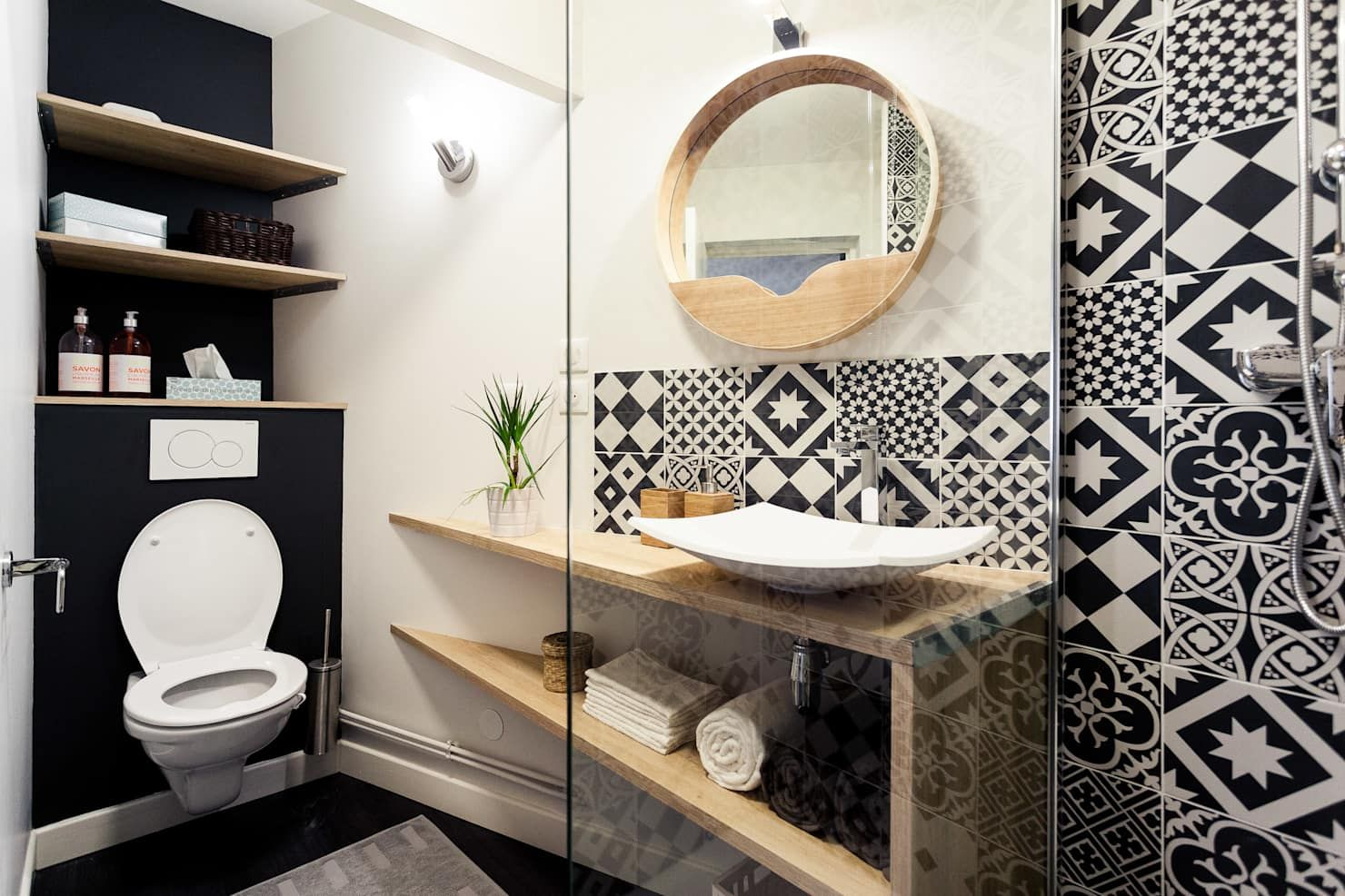 Rénovation complète dun appartement de 30m²: salle de bains de style par madam architecture, scandinave