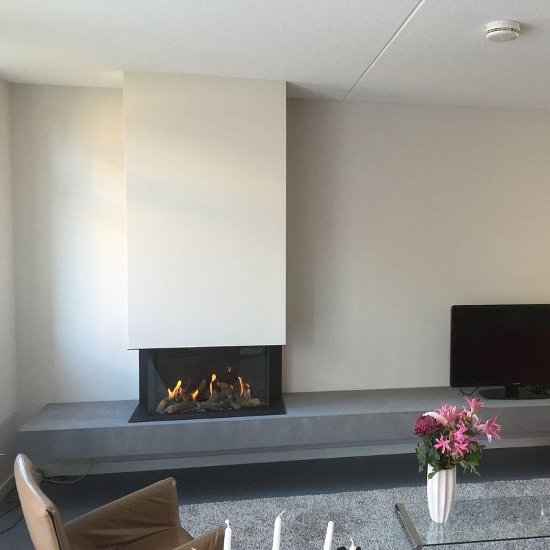 Geliefde Driezijdige gashaard met massief-look grijs plateau | Livingroom  EW37