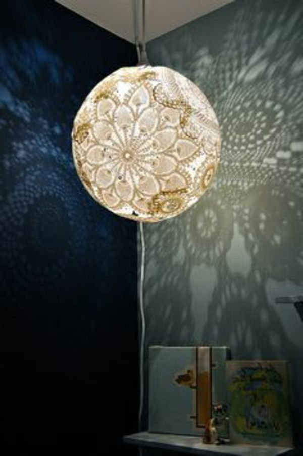 kronleuchter selber machen - kugelförmig und modern - Lampe selber ...